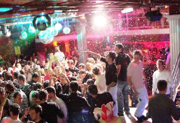 club-affichage-indoor-check